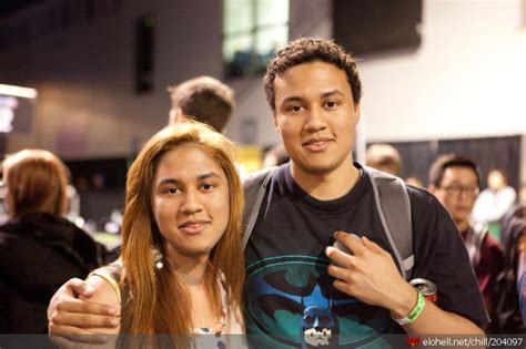 Chillout :: aphromoo and his sister