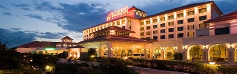 Waterfront Airport Hotel & Casino - Everything