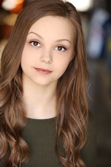 All about celebrity Savannah May! Watch list of Movies