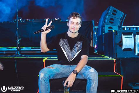 Martin Garrix Shows How To Create A Festival-Ready Song In